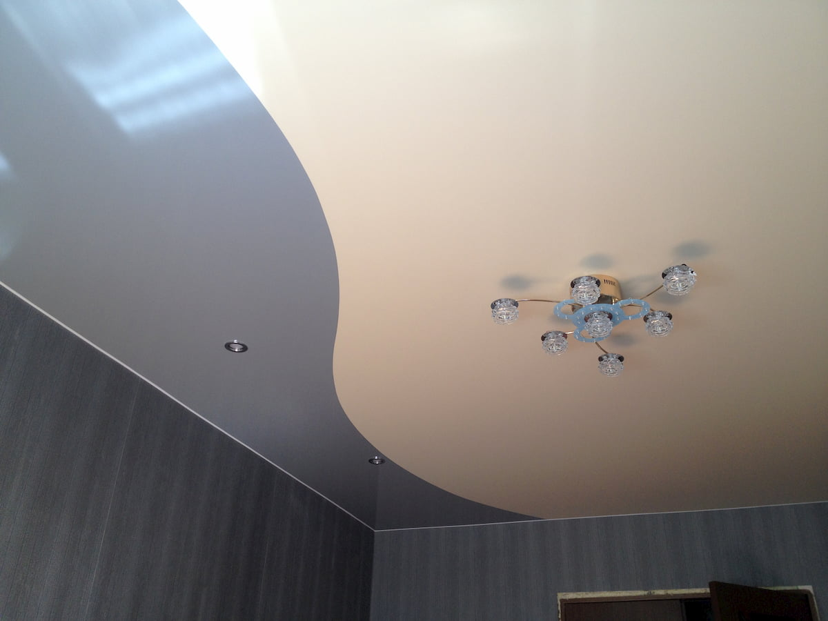 Двухцветный потолок #1