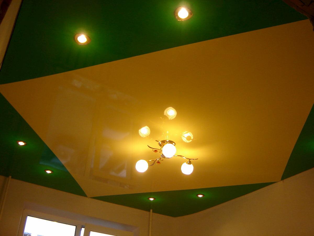 Двухцветный потолок #15