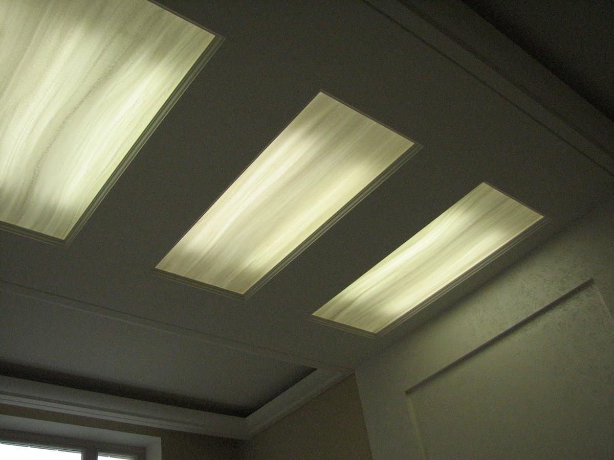 Светящийся изнутри потолок #11