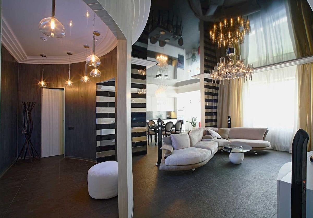 Потолок для гостиной-студии #12