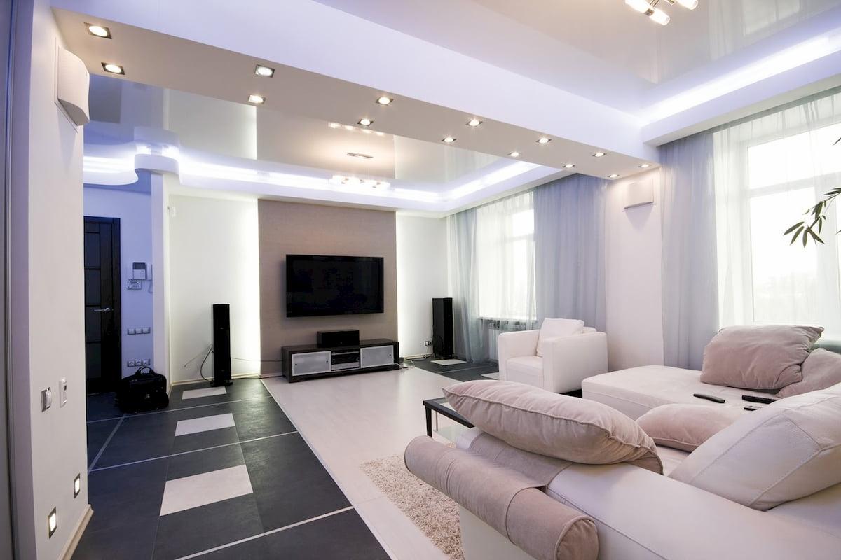 Потолок для гостиной-студии #13