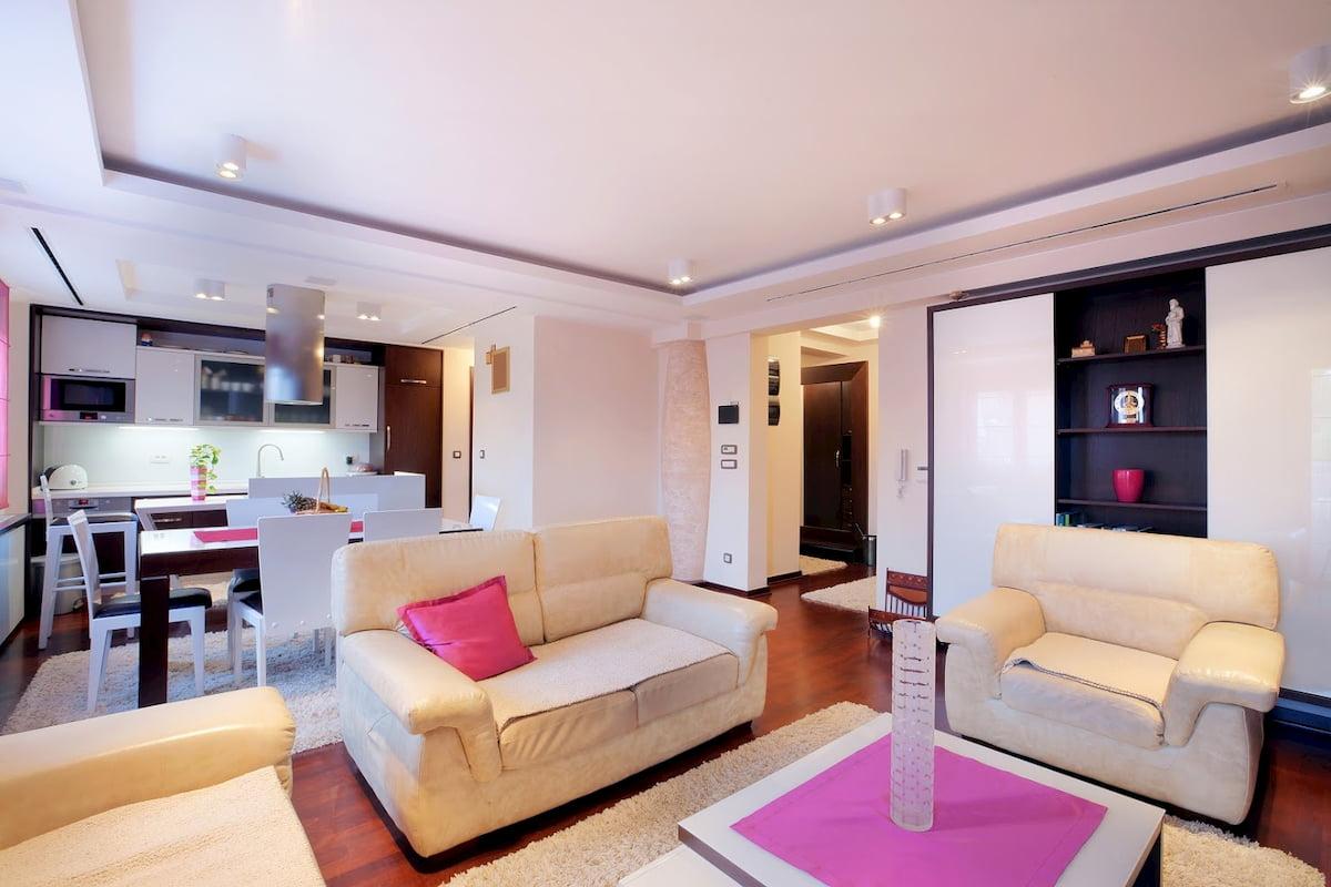 Потолок для гостиной-студии #16