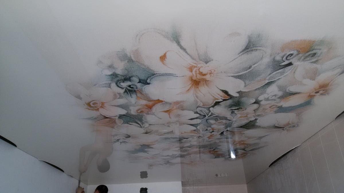 Потолок с цветами #19
