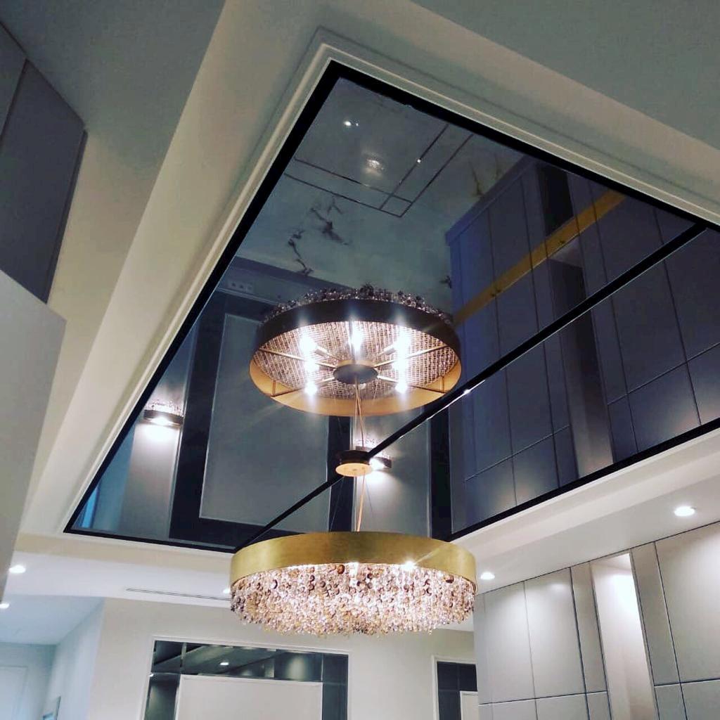 Зеркальный потолок #2