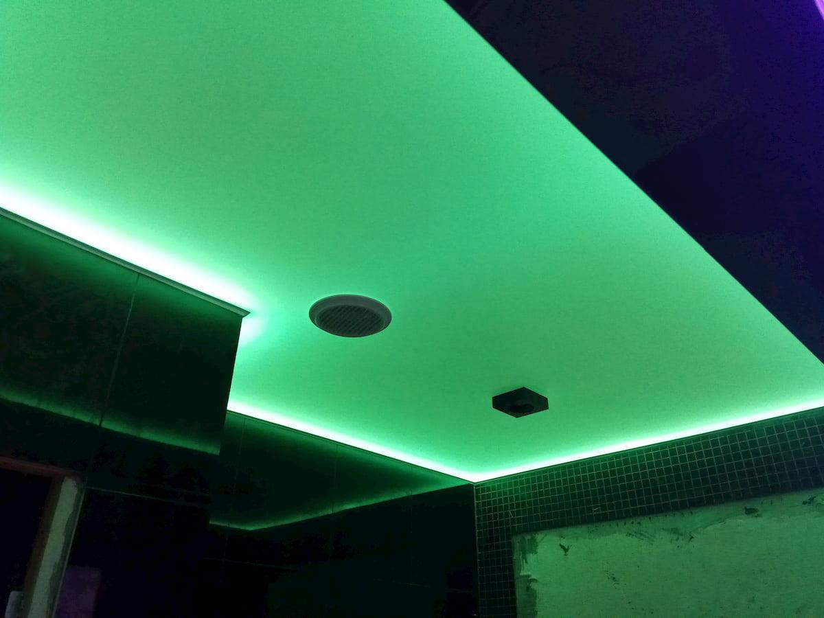 Светящийся изнутри потолок #20