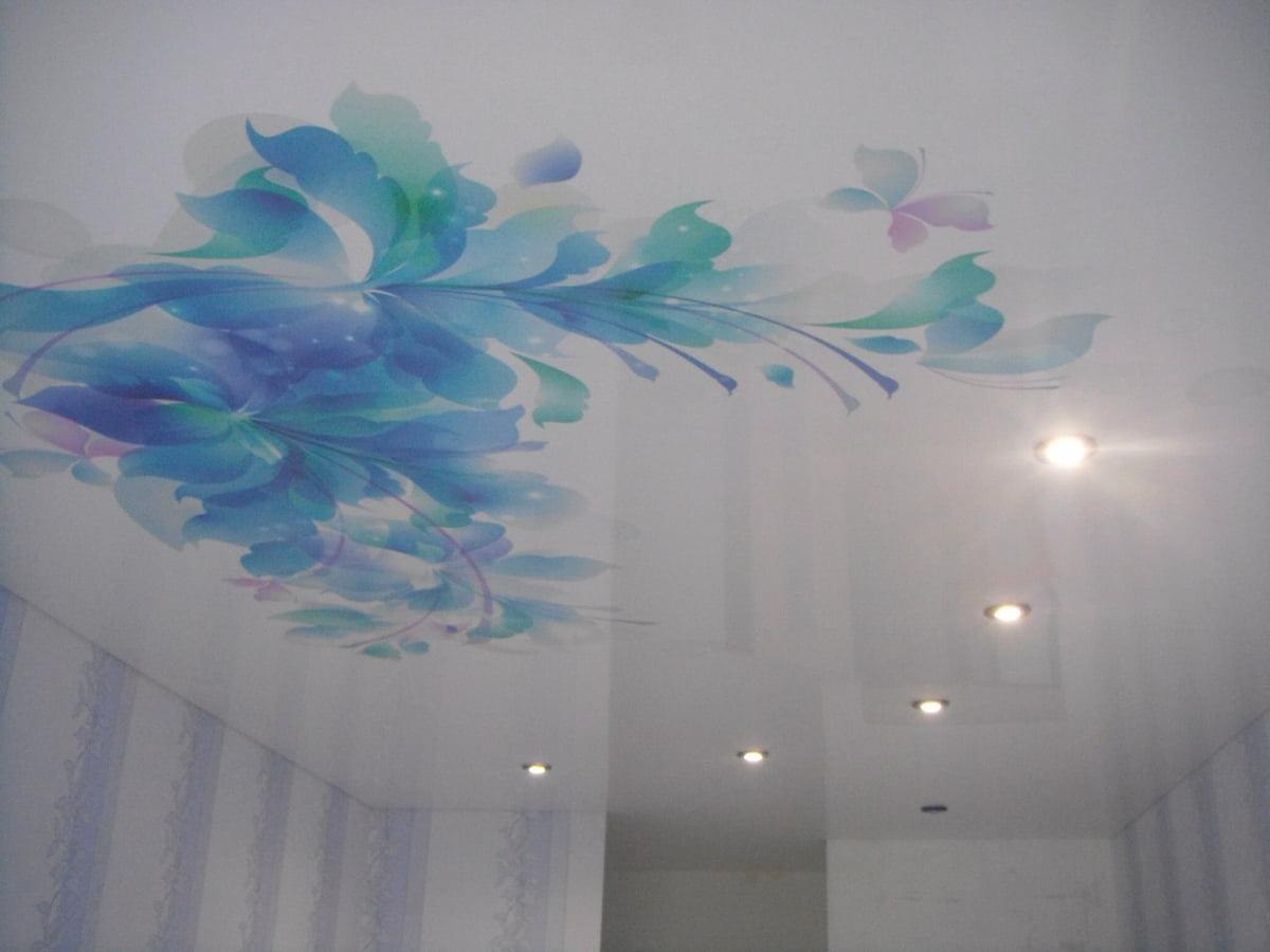Потолок с цветами #5