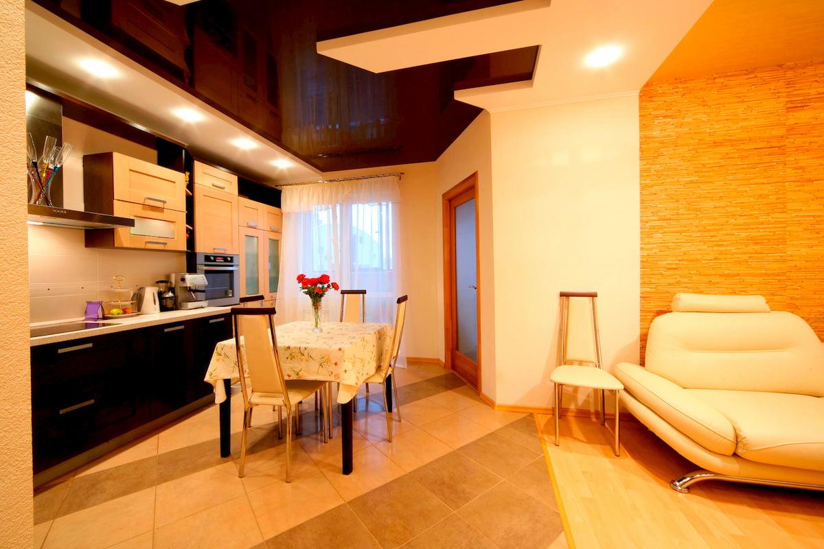 Потолок для гостиной-студии #5