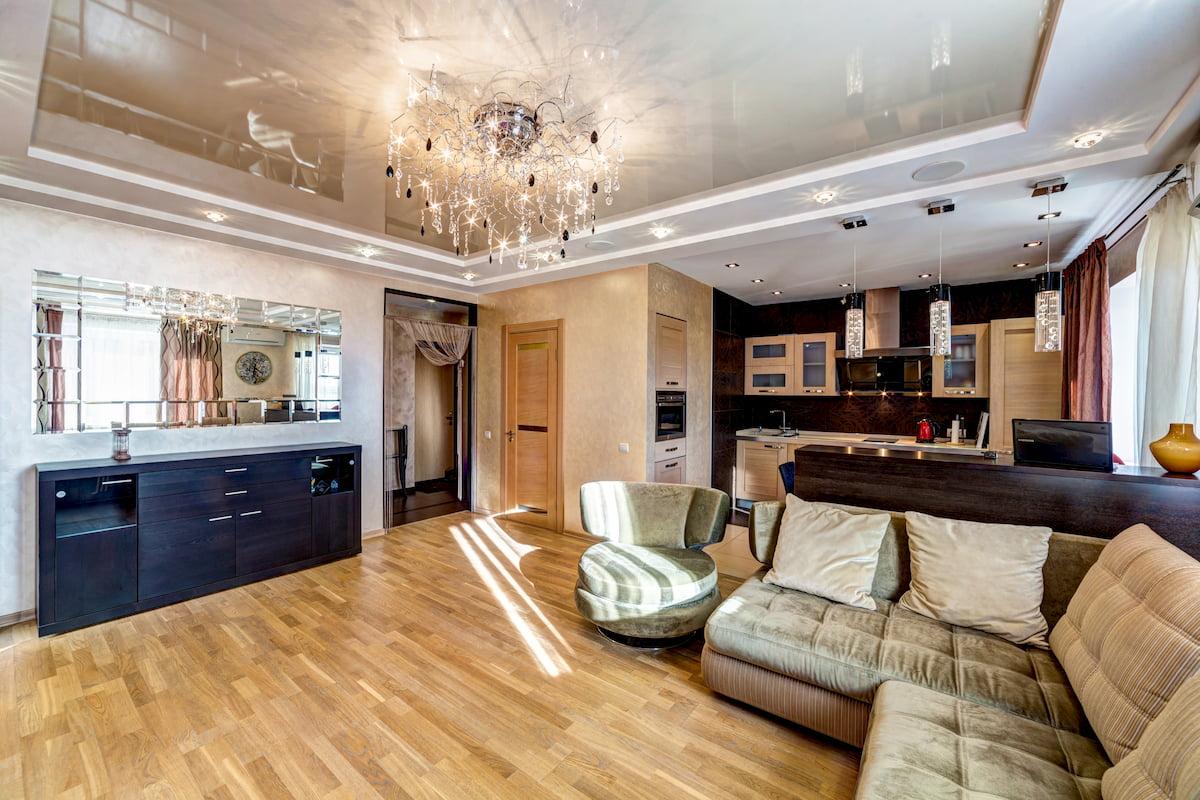 Потолок для гостиной-студии #6