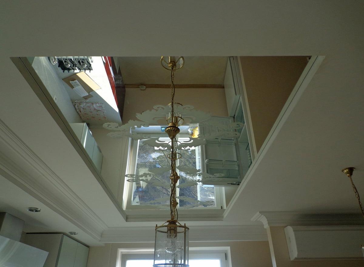 Зеркальный потолок #8