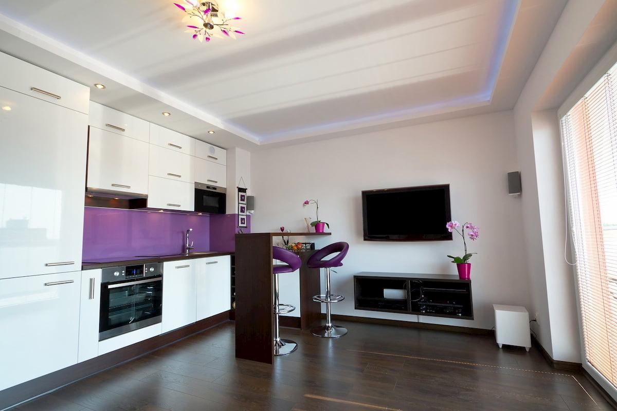Потолок для гостиной-студии #9